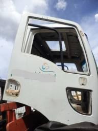 Cabine Ford Cargo (modelo novo)