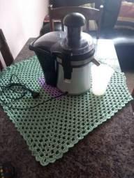 Triturador de frutas usado