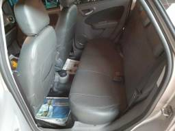 Vendo carro gran Siena 1.6 automático dual log - 2013