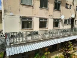Alugo apartamento localizado em Pernambués