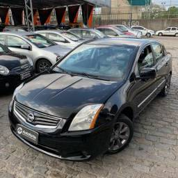 Nissan Sentra Automático Extra R$ 26.990 - 2011