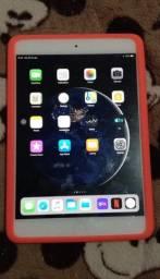 IPad Mini 2 ( 64GB, Chip/WiFi, iOS 12.4.8) Leia a descrição