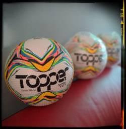 *Bola Topper*