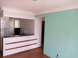 Apartamento 2 quartos, montado em armários, prox avenida t-9, financia