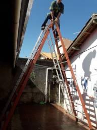 Escada TESOURA