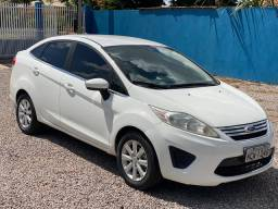 FORD NEW FIESTA 1.6 Ano 11/11