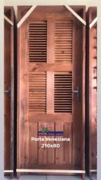 Título do anúncio: Portas de madeira/ Vidros