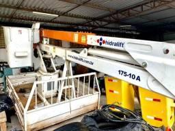 Título do anúncio: cesta aérea hidralift 10 metros + carroceria vicunha
