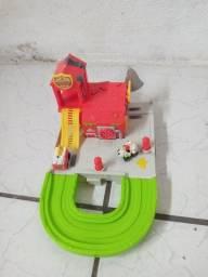 Vendo Trash pack corpo de bombeiros