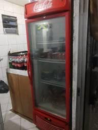 Título do anúncio: Freezer expositor Coca 100% Funcionando e Super Conservada