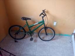 Vende- se bicicleta para criança