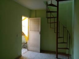 Título do anúncio: Alugo Casa no BNH/Mesquita