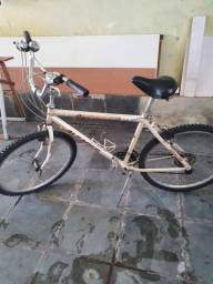 Bicicleta aro 26 Alfameq 18 marchas bem conservada