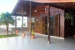 Título do anúncio: Casa em Campo Comprido - Curitiba