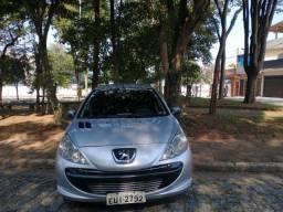 Peugeot 207/ano 2011 em ótimo estado