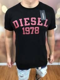 Camisas de marca 40,00 reais