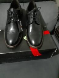 Sapato social Democrata modelo Metroplitan Condor Tam 41 novo!