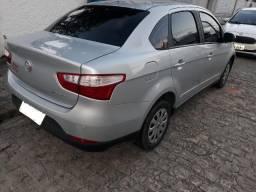 Grand Siena 1.4 Atractive Completo Analiso troca em carro menor valor - 2013