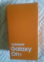 Smartphone Samsung Tela 5.5 em Ótimo Estado