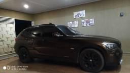 BMW X1 Sdriver 18i Marrom e bancos Bege - 2011
