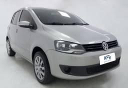 VW Volkswagem 1.0 GII 2011 Prata Completo - 2011