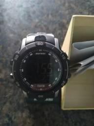 V ou T este relógio Mormaii praticamente novo com nota fiscal