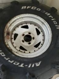 Rodas offset aro 15 5 furos e pneus trilha BF 31