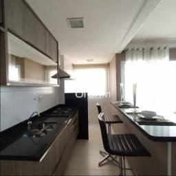 Apartamento com 3 dormitórios à venda, 74 m² por R$ 397.000,00 - Vila Rosa - Goiânia/GO