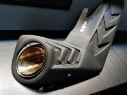 Ponteira esportiva com acabamento para BMW S1000RR