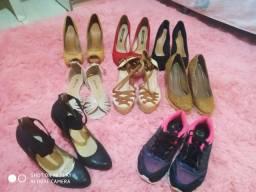 Lote de 8 calçados