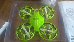 Drone mini eachine E016H com 3 baterrias