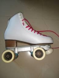 Vendo patins nr 39 ou troco tv 32 ou 40 led