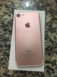Vendo esse iPhone 7 rose gold