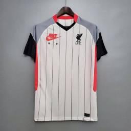 Título do anúncio: Camisa Liverpool tamanho G