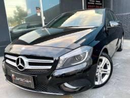 Título do anúncio: Mercedes benz A200 Urban Turbo 2014, IPVA 2021 PAGO