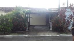 Vendo casa em condomínio fechado (Detalhes na descrição)
