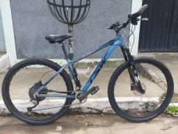 Título do anúncio: Bike tsw toda shimano hidráulica