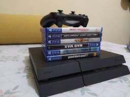 PS4 com 6 jogos A VISTA 2000