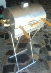 Churrasqueira alumínio fundido e pegador na grelha.  Tamanho médio.  Entrego em domicílio