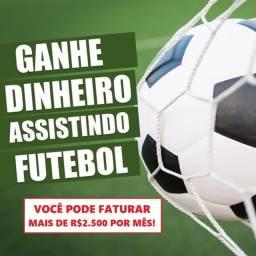 Título do anúncio: Aprenda como ganhar dinheiro assistindo futebol de casa. Leia a descrição