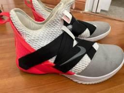 Título do anúncio: Tênis Nike Lebron