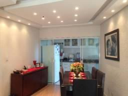 Barbada, apartamento todo reformado de 2 quartos em frente a Univali, no Centro de Itajaí