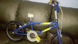 Bicicleta Caloi usada sem banco