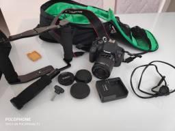 Canon T5i + Mochila + Estabilizador + Microfone