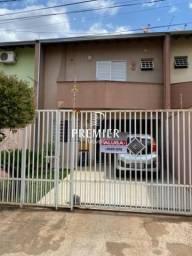 Casa sobrado com 3 quartos - Bairro Pinheiros em Londrina