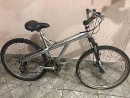Bicicleta de alumínio T Type Caloi