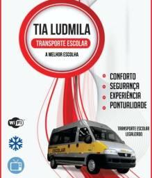 Transporte Escolar Tia Ludmila transportando seu maior bem com conforto e segurança