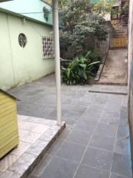 Casa com 03 quartos no bairro Olaria
