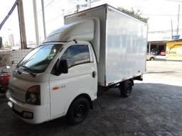 Hyundai HR Longo 2.5 Turbo Diesel 2014 com Bau Facchini - 2014