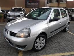 Renault clio 2011 4 portas único dono - 2011